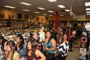 Social media sensation luis coronel overlooked by latin grammys fans waiting to meet luis coronel photo by fredwill hernandez m4hsunfo
