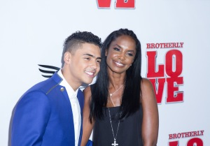 L to R: actor Quincy Brown (Chris) with his mother Kim Porter (Sean 'Diddy' Combs' girlfriend)