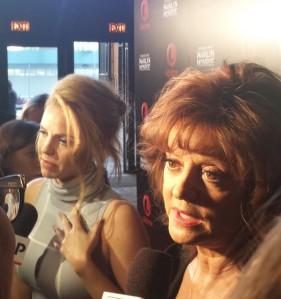 Kelli Garner & Susan Sarandon speaking with THT