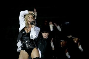 Pop star Fergie will headline a concert on July 27 in Philadelphia. (Jose Sena Goulao/European Pressphoto Agency)