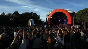 General view of the fourth annual Global Citizen Festival in Central Park Manhattan, September 26, 2015 in New York. The Festival is part of the Global Poverty Project, a UN-backed campaign to end extreme poverty by 2030. Headliners include Beyonce, Pearl Jam, Coldplay and Ed Sheeran. AFP PHOTO /Kena Betancur (Photo credit should read KENA BETANCUR/AFP/Getty Images)