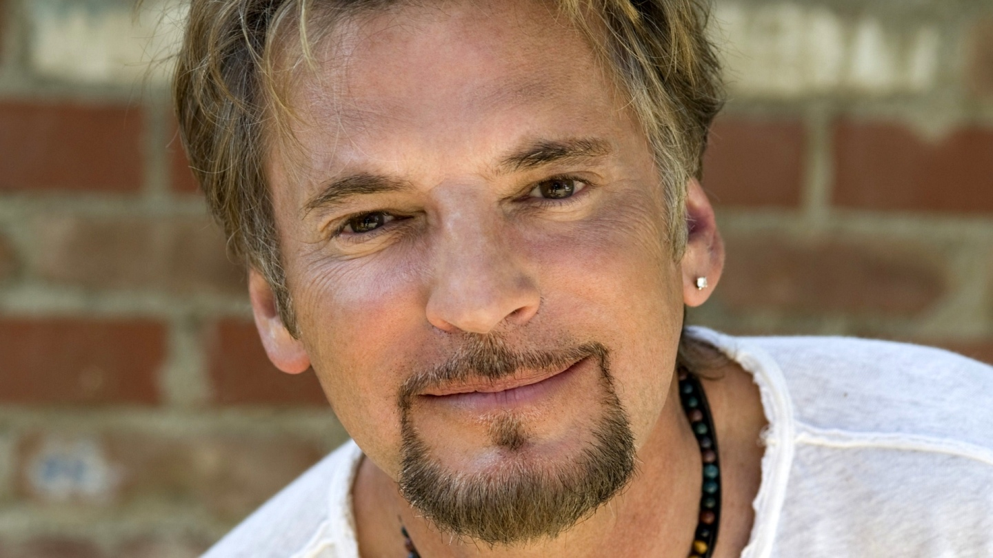 Kenny Loggins and Friends   AXS TV   Music News   Entertainment News