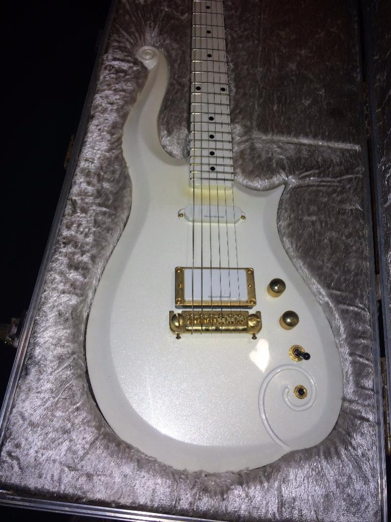 "Prince ""Cloud"" Personal Touring Practice Guitar"