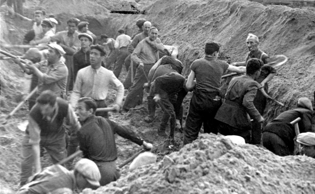 """Holocaust Escape Tunnel"" NOVA | PBS TV Documentary 2017"