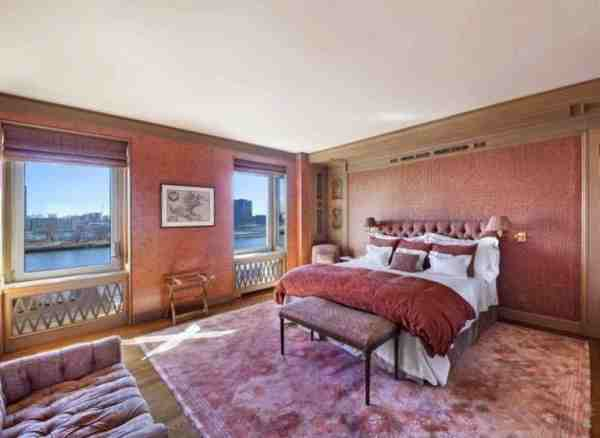 Hollywood actress Greta Garbo's former New York City apartment is up for sale for the first time. Asking $5.95 Million