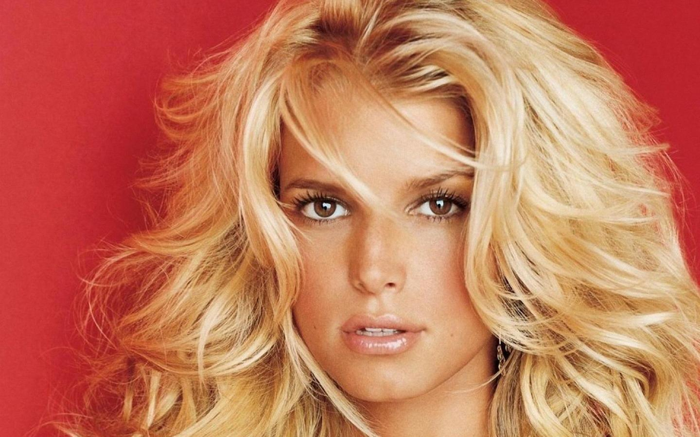 JESSICA SIMPSON in design cbs morining