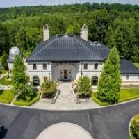 """Michigan Eclipse-Watching Mansion"""